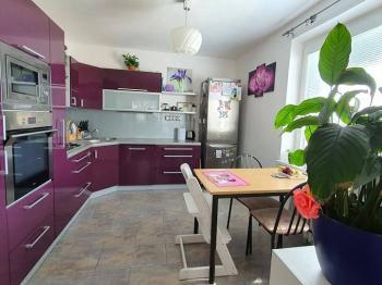 Prodej bytu 5+1 v osobním vlastnictví 121 m², Jenčice