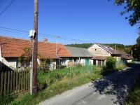 Rodinný dům - pohled od studny (Prodej domu v osobním vlastnictví 70 m², Vysoký Chlumec)