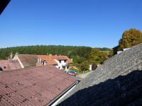 Výhled z půdy (Prodej domu v osobním vlastnictví 70 m², Vysoký Chlumec)