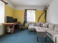 1.NP - Obývací pokoj (Prodej domu v osobním vlastnictví 170 m², Liberec)