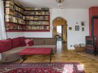 2.NP - Obývací pokoj (Prodej domu v osobním vlastnictví 170 m², Liberec)