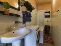 2.NP - Koupelna s vanou (Prodej domu v osobním vlastnictví 170 m², Liberec)