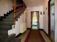 1.NP - Předsíň (Prodej domu v osobním vlastnictví 75 m², Praha 9 - Vinoř)