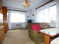 1.NP - Obývací pokoj (Prodej domu v osobním vlastnictví 75 m², Praha 9 - Vinoř)