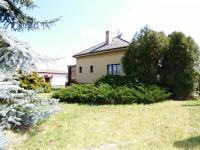 Pohled na dům (Prodej domu v osobním vlastnictví 75 m², Praha 9 - Vinoř)