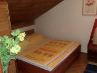 Ložnice apartmánu (Prodej penzionu 375 m², Dramalj)