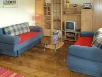 Obývací pokoj apartmánu (Prodej penzionu 375 m², Dramalj)