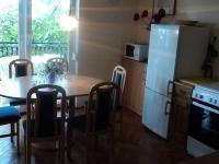 Kuchyně apartmánu (Prodej penzionu 375 m², Dramalj)