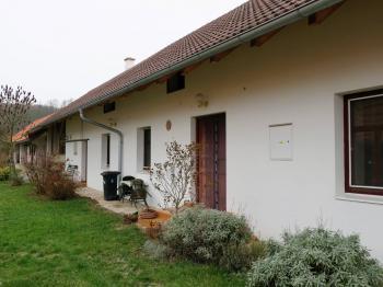 Obytná část - Prodej domu v osobním vlastnictví 60 m², Kolaje