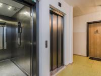 2 výtahy - Prodej bytu 2+1 v osobním vlastnictví 55 m², Praha 4 - Modřany
