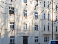 Pohled na dům (Pronájem kancelářských prostor 44 m², Praha 5 - Košíře)