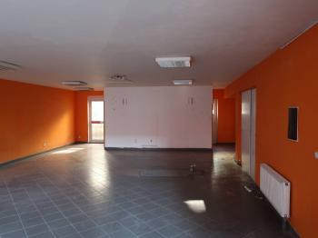 Pronájem obchodních prostor 96 m², Kladno