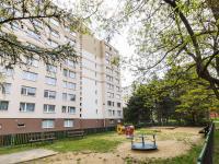 Hřiště za domem - Prodej bytu 3+1 v družstevním vlastnictví 67 m², Praha 4 - Chodov
