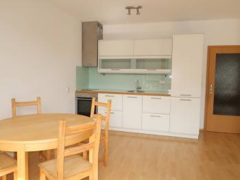 Pronájem bytu 1+kk v osobním vlastnictví 52 m², Praha 4 - Kunratice