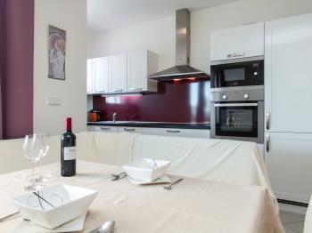 Kuchyně - Prodej bytu 3+kk v osobním vlastnictví 94 m², Praha 9 - Letňany