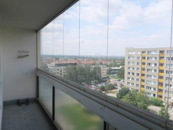 Výhled z lodžie na jih - Pronájem bytu 3+kk v osobním vlastnictví 63 m², Praha 4 - Chodov