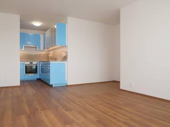 Kuchyňská linka se spotřebiči - Pronájem bytu 3+kk v osobním vlastnictví 63 m², Praha 4 - Chodov