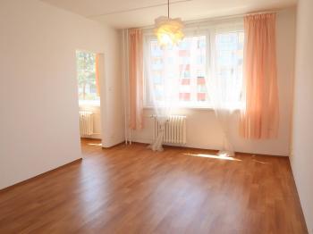 Prodej bytu 1+kk v družstevním vlastnictví 32 m², Praha 4 - Modřany