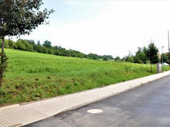 Inženýrské sítě (voda, kanalizace) - Prodej pozemku 1930 m², Čerčany