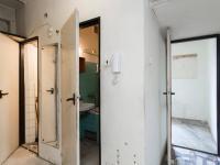 Chodba bytu s příslušenstvím - Prodej bytu 3+1 v osobním vlastnictví 66 m², Praha 3 - Žižkov