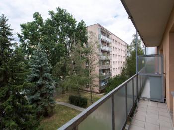Balkon bytu - Prodej bytu 3+1 v osobním vlastnictví 66 m², Praha 3 - Žižkov