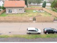 Výhled z pokoje přímo před dům - Prodej bytu 3+1 v osobním vlastnictví 80 m², Poříčany