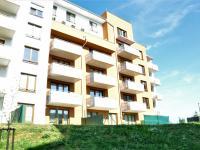 Pohled na dům - Pronájem bytu 1+kk v osobním vlastnictví 41 m², Praha 9 - Čakovice