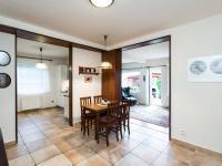 Jídelna - Prodej domu v osobním vlastnictví 197 m², Praha 4 - Podolí