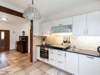 Kuchyně - Prodej domu v osobním vlastnictví 197 m², Praha 4 - Podolí