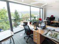 Kancelář 41m2 - ukázka možnosti rozmístění. Vhodná jako open space. - Pronájem kancelářských prostor 100 m², Praha 4 - Hodkovičky