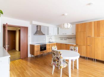 Pronájem bytu 4+kk v osobním vlastnictví 93 m², Praha 4 - Háje