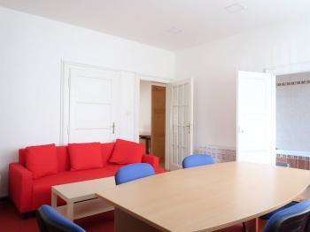 Pronájem komerčního prostoru (kanceláře) v osobním vlastnictví, 80 m2, Praha 4 - Krč
