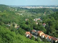 Pohled na Lysolajské údolí a Prahu - Pronájem domu v osobním vlastnictví 190 m², Praha 6 - Lysolaje