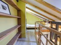 Ložnice na galerii - Pronájem bytu 2+kk v osobním vlastnictví 45 m², Praha 1 - Malá Strana