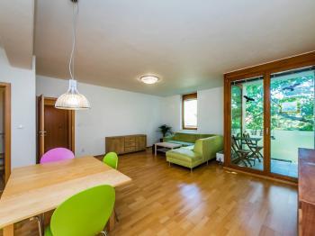 Prodej bytu 2+kk v osobním vlastnictví, 67 m2, Praha 4 - Lhotka