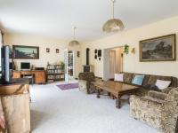 Obývací pokoj 35 m2 - Prodej domu v osobním vlastnictví 199 m², Praha 4 - Šeberov