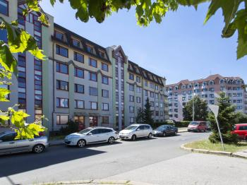 Prodej bytu 4+kk v osobním vlastnictví, 92 m2, Praha 4 - Kunratice