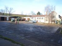 Prodej komerčního objektu 2500 m², Hovorany