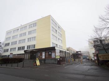 hlavní budova - Pronájem kancelářských prostor 36 m², Praha 3 - Žižkov