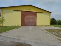 přední vjezd pro kamion (Prodej komerčního objektu 423 m², Bučovice)