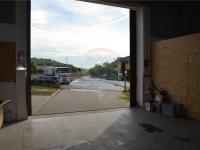 příjezd kamion (Prodej komerčního objektu 423 m², Bučovice)