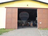 posuvná vrata výška 420 cm (Prodej komerčního objektu 423 m², Bučovice)