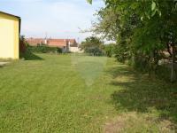 pozemek - součást prodeje (Prodej komerčního objektu 423 m², Bučovice)