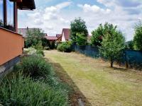 Pohled do zahrady - Prodej domu v osobním vlastnictví 248 m², Psáry