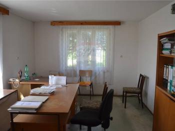 kancelář II. - Pronájem skladovacích prostor 5000 m², Dřínov