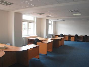 Pronájem kancelářských prostor 150 m², Praha 4 - Krč