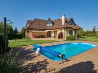 pohled na nemovitost (Prodej domu v osobním vlastnictví 240 m², Sulice)
