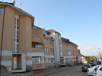 Prodej bytu 2+kk v osobním vlastnictví 140 m², Praha 10 - Vinohrady