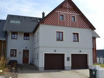 pohled do ŘRD - Prodej domu v osobním vlastnictví 167 m², Vlastibořice