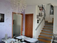 schody z jídelny (Prodej domu v osobním vlastnictví 167 m², Vlastibořice)